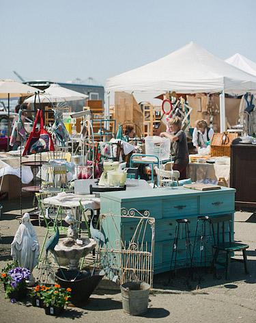 Antique fair vendors