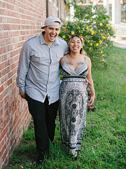 dominic-and-desiree-maternity-portraits-006_thumb