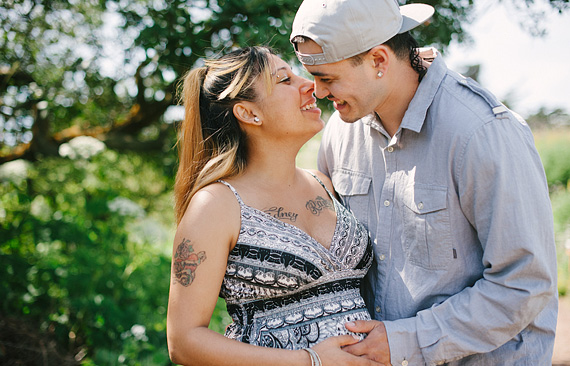 dominic-and-desiree-maternity-portraits-007_thumb
