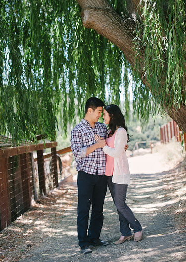 horse-ranch-engagement-portraits-001_thumb