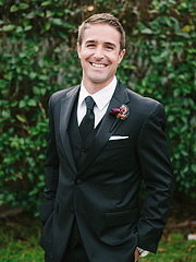 Relaxed portrait of the groom. San Francisco wedding photography.