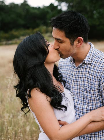 Romantic engagement photos in Palo Alto