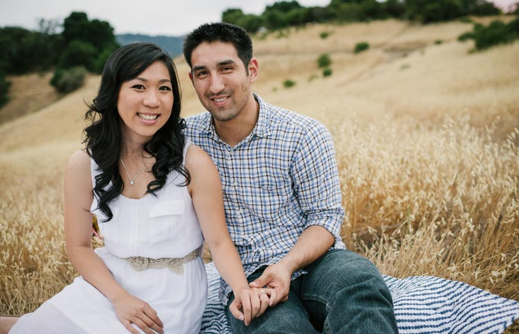 Palo Alto engagement pictures outdoors.