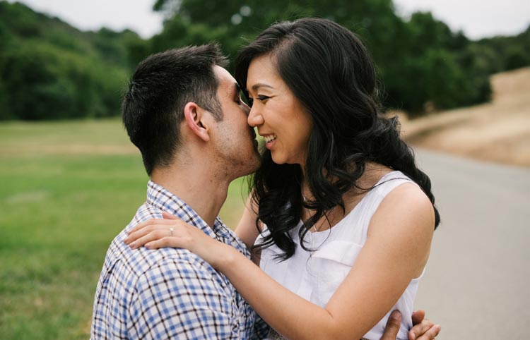 Intimate outdoor engagement photos in Palo Alto